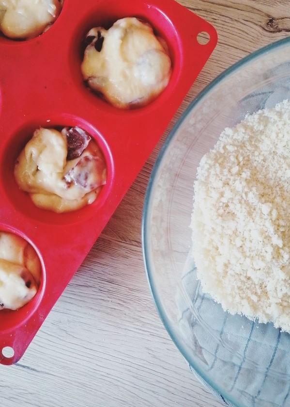 easy cherry muffins recipe